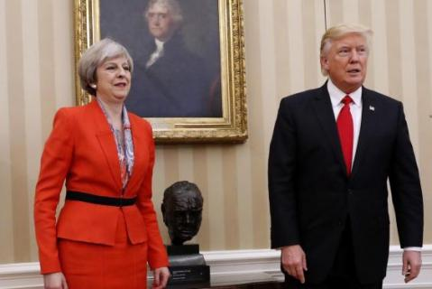 trump meets theresa mayoval
