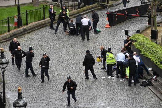 Attack in London: Reveal the true identity of the attacker and arrest two other people