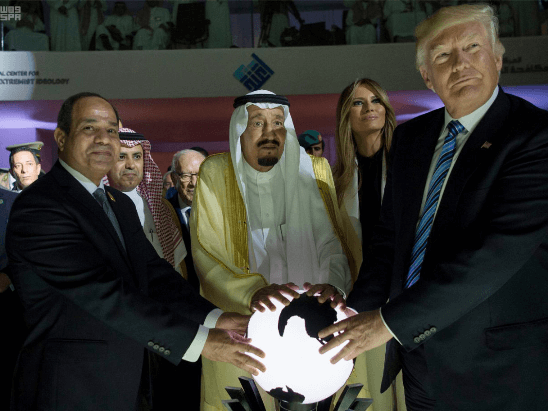 "Donald Trump in Saudi Arabia: Dances with swords, an ""evil"" image and an inopportune nap"