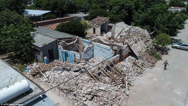 More than 220 killed in a strong earthquake at Mexico